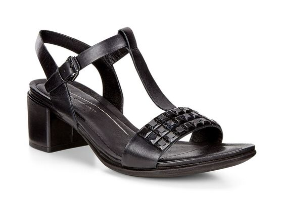 SHAPE 35 Studded Sandal (BLACK)