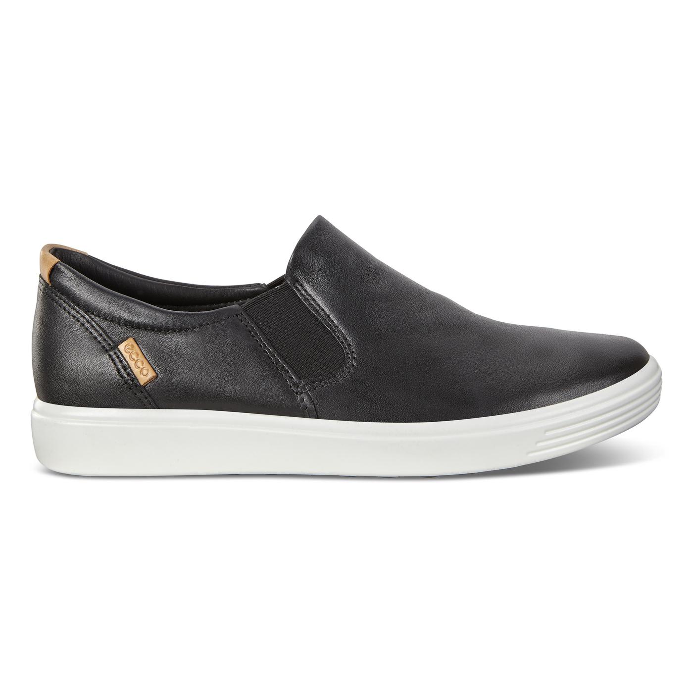 ECCO SOFT7 Womens Sneaker Slip-On